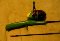 Vintage KK50 Shakespeare 5' Fishing Rod & Reel 2 pc rod with Baby Shark Image