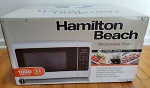 Hamilton Beach 1.1 Cu. Ft. Digital White Microwave Oven