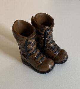 Ever After High Dolls Chapter 1 Brown & Black Boots Shoes for Hunter Huntsman