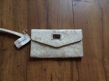 Aeropostale Wristlet Clutch Wallet new nwt beige white floral aero