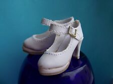 Wilde Imagination Essential Ellowyne FIVE Shoes New!!!