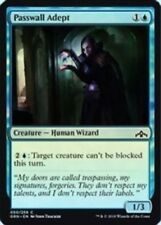 Passwall Adept (050/259) - Guilds of Ravnica - Common (Foil)