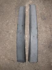Lancia Y 840 : 2 B-Säulenverkleidungen außen links rechts