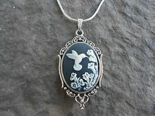 HUMMINGBIRD CAMEO NECKLACE PENDANT )black) 925 PLATE CHAIN- QUALITY!!