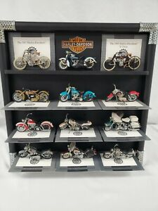 12 Harley-Davidson Motorcycles 1/24 Scale by Franklin Mint in Display Case