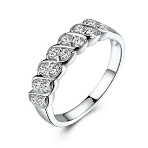 Luxurious Anniversary Band Ring Round Cut 0.5ct Moissanite Solid 18K White Gold