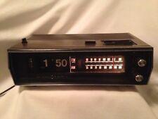 Vintage GE General Electric Flip Clock AM/FM Alarm Radio Model C-4331B