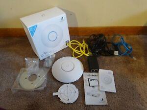 Ubiquiti UAP-AC-LITE UniFi AP AC Lite WiFi Access Point PoE - COMPLETE IN BOX