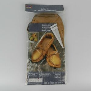 ArtMinds Moccasins 11 Piece One Pair Leather Crafting Kit Unisex Size 8-9 Med