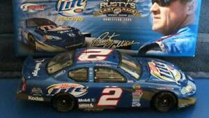 Lionel 1:24 Scale NASCAR 2005 Dodge Charger / Miller Lite Rusty Wallace #2 Car