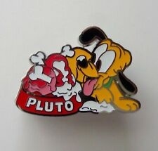 Disney DSSH Pin Trader's Delight Baby Pluto GWP Pin LE 300