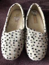 Wide Fit Grey Fabric Slippers Size UK 5-7E Clarks Adella Angel