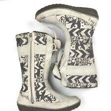 Teva Kiru Boots Nubuck Women's Lily White Gray Graphic Pattern $140 Size 8 Lined