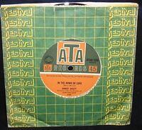 SANDY SCOTT - IN THE ARMS OF LOVE - '67 OZ 1ST PRESS/ATAK-1666/MANCINI/EX