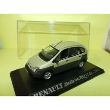 RENAULT SCENIC RX4 2.0L 2000 Vert UNIVERSAL HOBBIES Collection M6 1:43