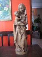große ältere Madonna Maria mit Jesus Kind Holz geschnitzt 63 cm hoch sehr schwer