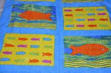 Serviette colorée motif Poissons