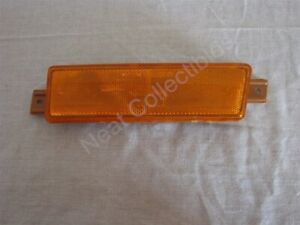 NOS OEM Oldsmobile 98 Front Side Marker Reflector 1991- 96 Left Hand