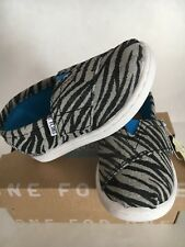 Tiny Toms Metallic Canvas Silver Zebra Slip-on Black/Gray Toddler Girl US 5,6, 7