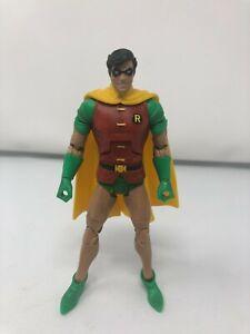 Robin - DC Universe Classics - Wave 16 - Mattel - Action Figure - USED