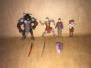 Action Figures Chronicles of Narnia - Minotaur and Others Disney Hasbro 2005-
