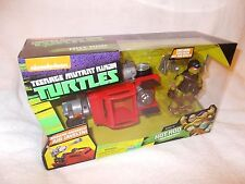 Action Figure Teenage Mutant Ninja Turtles Hot Rod with Mikey Michelangelo
