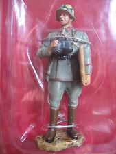 FIGURINE HACHETTE SOLDATS DE 1914 1918 14-18 # 27B OFFICIER ARTILLERIE ALLEMAND