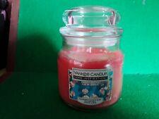 Yankee Candle Simply Sweet Pea 340g Medium Jar Candle