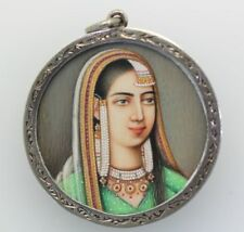 CIRCA 1920'S PERSIAN/INDIAN MINATURE HAND PAINTED PORTRAIT STERLING SILVER chain