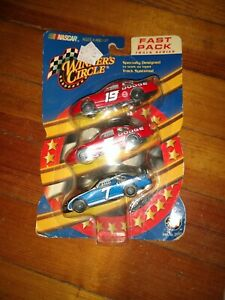 2002 Winner's Circle Nascar Fast Pack Track Series Dodge 3-Pieces NEW