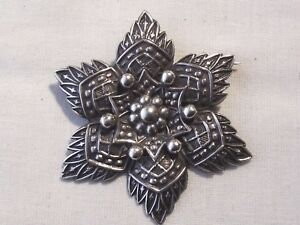STUNNING VICTORIAN STERLING SILVER SIX POINTED BROOCH