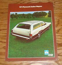 Original 1971 Plymouth Station Wagon Sales Brochure 71 Satellite Fury Sport