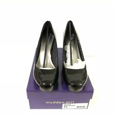 Madden Girl size 11 Getta Black Patent Leather Round Toe Platform Pumps