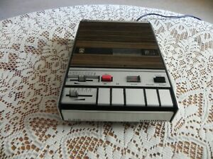 Grundig C 410 Automatic Cassettenrecorder   70 er Jahre