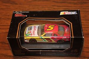 1994 Terry Labonte #5 Kelloggs Corn Flakes Chevy Lumina 1:43 Diecast car