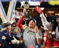 Patrick Mahomes Kansas City Chiefs Super Bowl LIV 54 8X10 Photo (B)