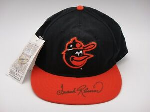 FRANK ROBINSON SIGNED BECKETT CERTIFIED BALTIMORE ORIOLES HAT AUTOGRAPHED HOF