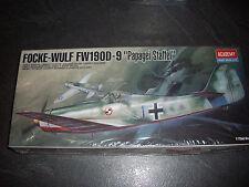 """ACADEMY FOCKE-WULF FW 190D-9 """"papagei staffel""""  PLASTIC MODEL 1/72"""