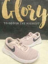 New listing Preschool Girls Nike Tanjun Sneakers New, Blush Pink / Navy 818385-600