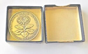 NATIONAL DAHLIA SOCIETY, AFFILATED SOCIETIES, 38mm SILVER PLATED MEDAL CASED UNC