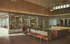 "*Indiana Postcard-""Glass House Restaurant"" /Gift Shop & Lobby/  (U1-621)"