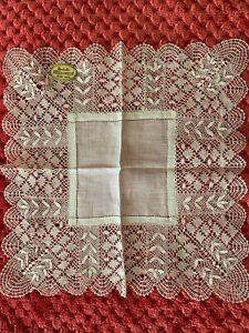 French Antique Handkerchief  - MIRECOURT lace edging on fine linon 26.5cm square