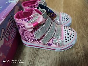 SKECHERS light up twinkle toes girls shoes New in box size 5