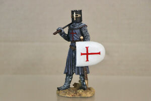 RESIN 90mm ENGLISH CRUSADER KNIGHT with AXE oa