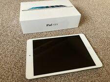 Apple iPad mini 2 128GB, Wi-Fi, 7.9in - Silver In Excellent Condition