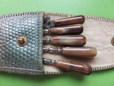 258 – Set de manucure de voyage – Manches bakélite – Etui cuir teinté