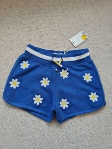 BNWT BODEN retro-style girls shorts with daisy print age 3 years