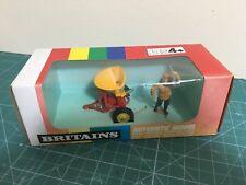 BRITAINS 1/32 VICON VARI-SPREADER (9558) VER FOTO