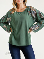 Umgee | Sage Colored Floral Lace Raglan Puff Sleeve Round Neck Side Slit Top NWT