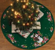 Falda decorativa de árbol